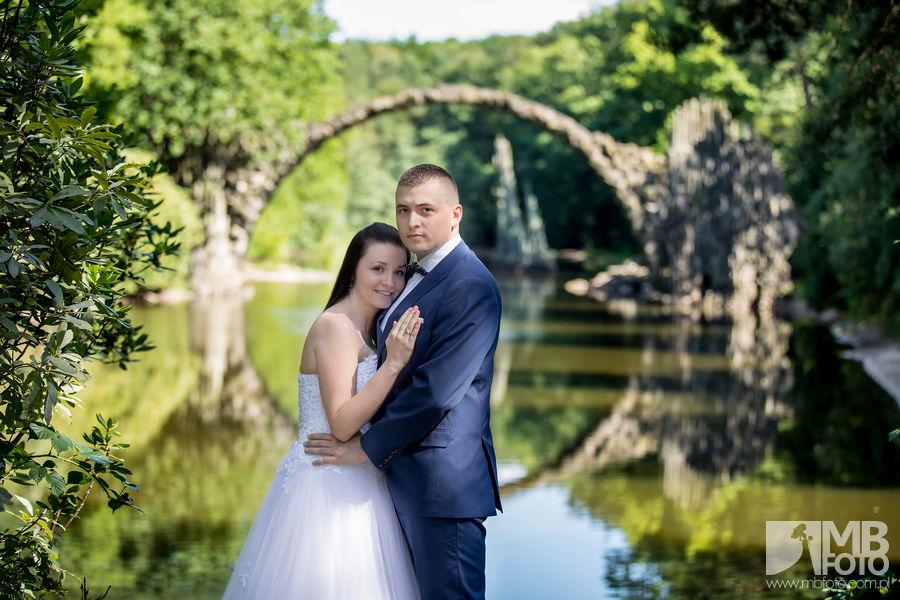 Marta i Szymon plener 1 Marta i Szymon | plener ślubny | zamek Bad Muskau | Most Rakotza w Kromlau