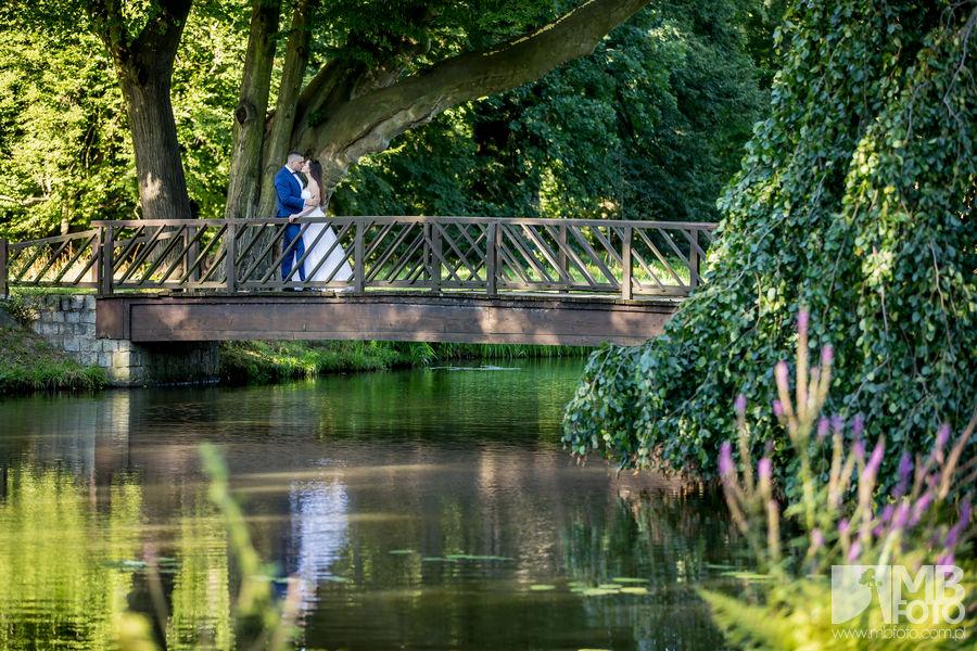 Marta i Szymon plener 77 Marta i Szymon | plener ślubny | zamek Bad Muskau | Most Rakotza w Kromlau